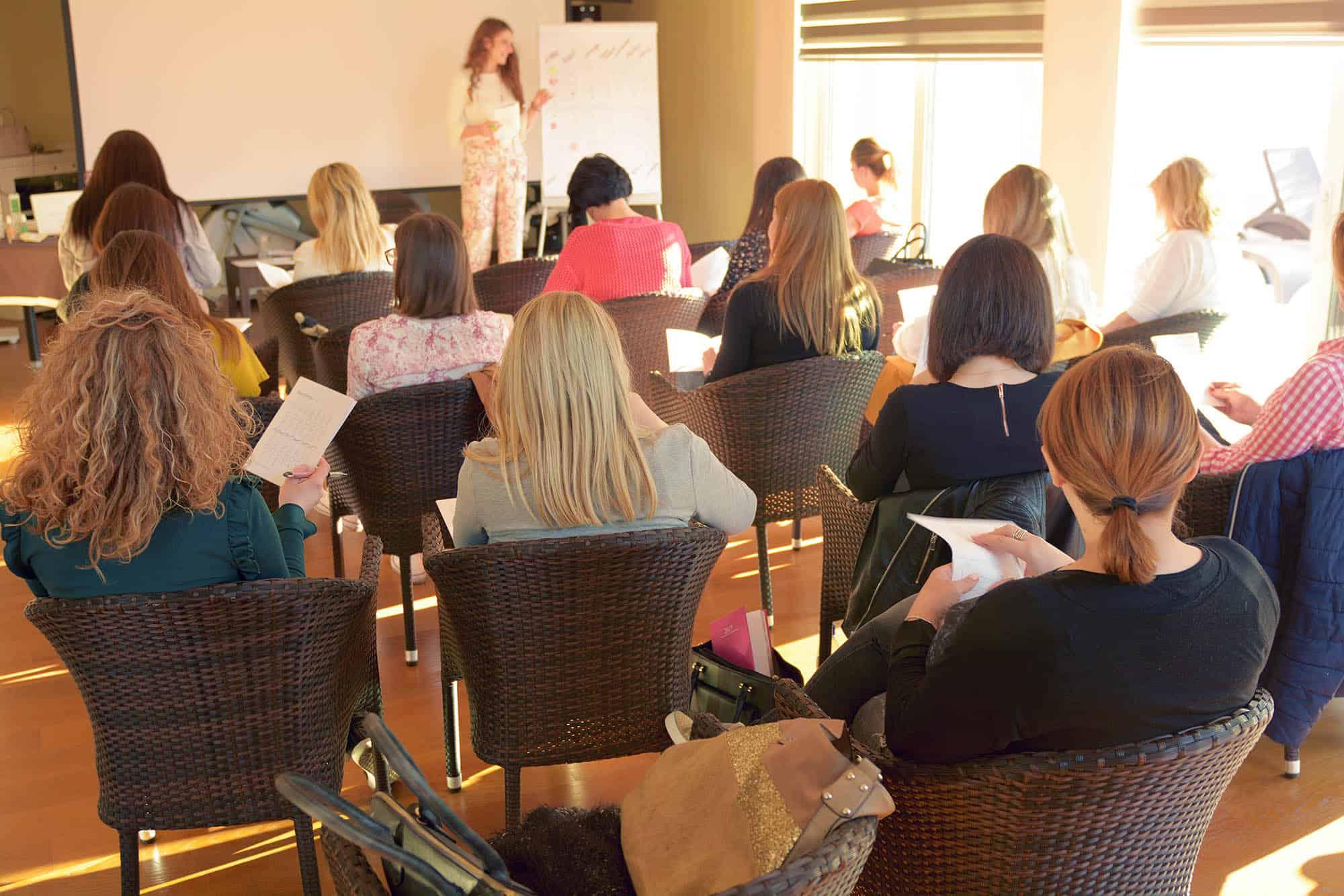 Petra Cutuk Vjeruj Traži Manifestiraj Zdravlje Meditacija Vježbe Disanja Samopouzdanje Posao Pms Pula Sreća Ciljevi Promjena Ljepota Izazov Afirmacije