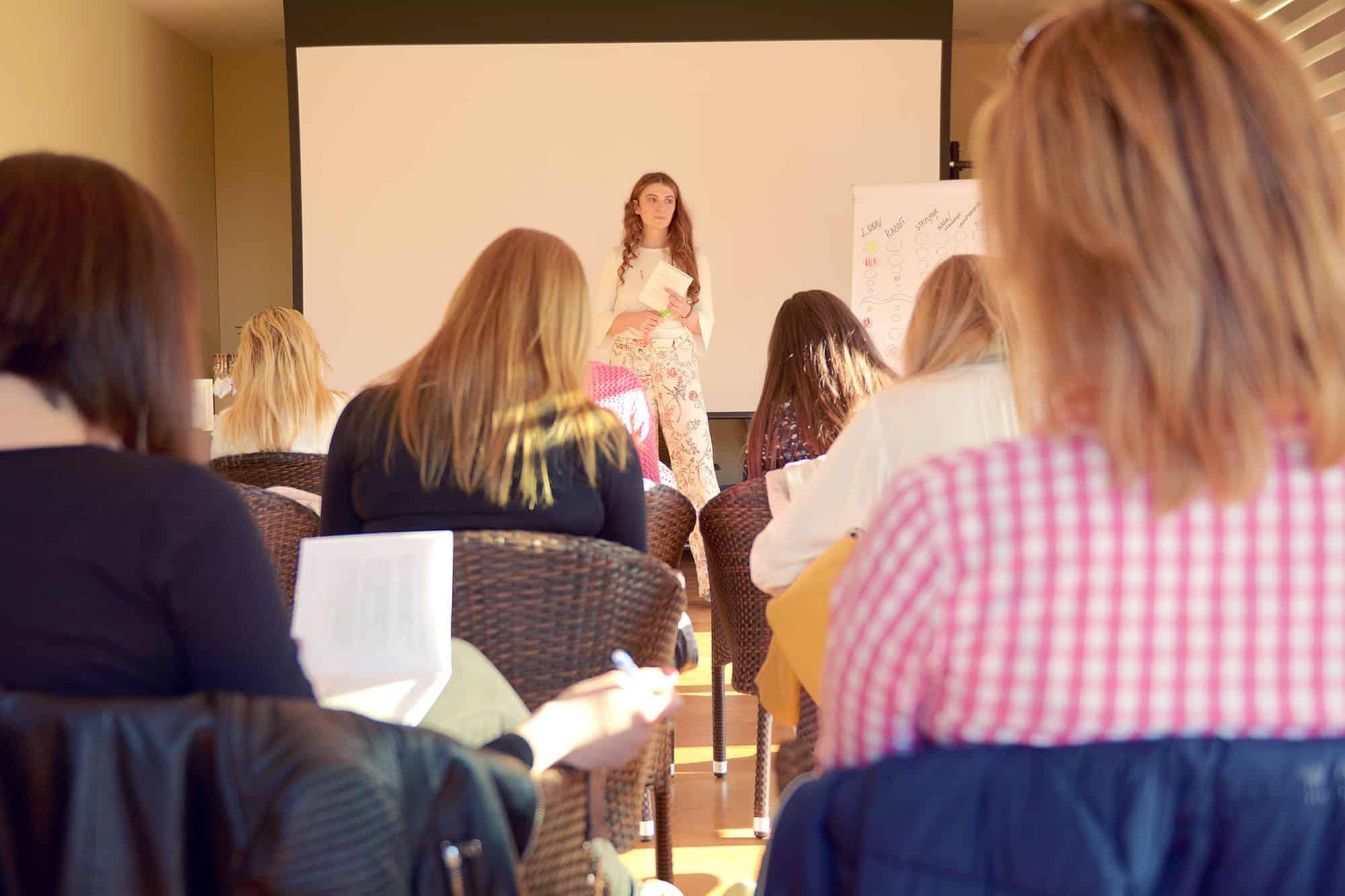 Petra Cutuk Vjeruj Traži Manifestiraj Zdravlje Meditacija Vježbe Disanja Samopouzdanje Posao Pms Pula Sreća Ciljevi Promjena Ljepota Izazov Zasu Afirmacije