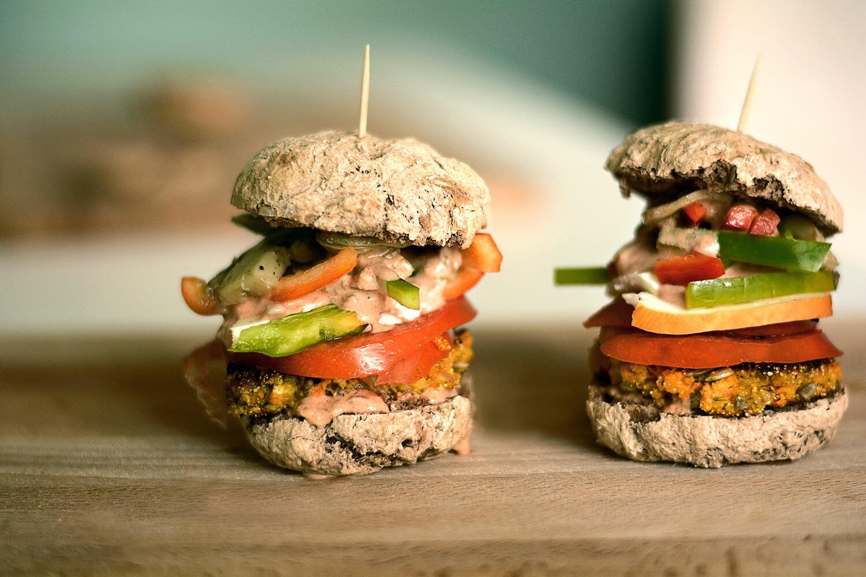 Petra Cutuk Vjeruj Traži Manifestiraj Zdravlje Meditacija Vježbe Disanja Samopouzdanje Posao Savjet Recept Burger
